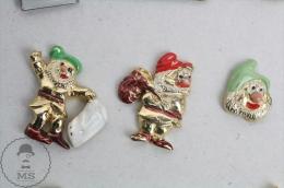 Walt Disney Snow White´s Three Dwarfs - Golden Colour Pin Badge #PLS - Disney