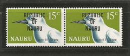 """La Gygis Blanche (oiseau Marin )  Paire De 2  T-p Neufs ** Avec Surcharge """"Republic Of Nauru"""".  Côte 15.00 € - Nauru"""