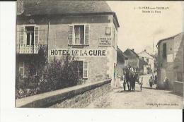 Saint-Père Sous-Vezelay  89    Entrée Du Pont Animée-Attelage Et Hotel De La Cure - France