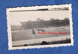 Photo Ancienne - Stade à Identifier - Paris ? - Sportifs Athletes Athlétisme ? - Sports