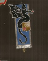 INSIGNE 2° REGIMENT DE DRAGONS CONDE DRAGONS - DRAGO PARIS H 171 -* Fond Bleu Foncé Suivant Cahier Des Charges - France