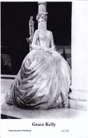 GRACE KELLY - Film Star Pin Up - Publisher Swiftsure Postcards 2000 - Artistes