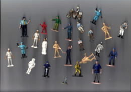 ANCIENNES PETITES FIGURINES DE TOUTES SORTE - Figurines