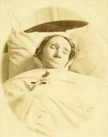 Femme France Paris Ancienne CDV Maujean Photo Post Mortem 1870 - Photographs