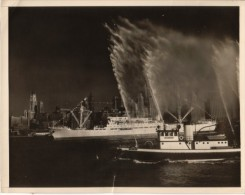 Argentine Ocean Liner New York Fireboat Old Photo 1950 - Boats