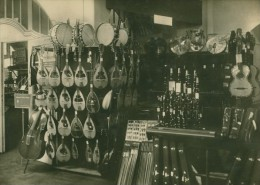 Leipzig Fair Musical Instruments Exhibit Old Photo 1930 - Leipzig