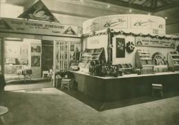 Leipzig Fair Wollgarn Wool Textile Exhibit Photo 1930 - Leipzig