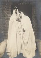 Les Deux Fantomes Etude De Draperie Photographie 1903 - Unclassified