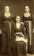 Femme Costume Mode Bourg France Ancienne Photo CDV Arnold 1870 - Photographs