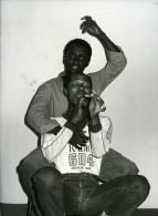 Percy Mtwa & Mbongeni Ngema Dans Woza Albert Theatre Ancienne Photo Presse 1980 - Photographs