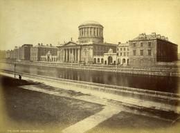 Irlande Eire Dublin Les Quatres Cour De Justice Au Bord De La Liffey Ancienne Photo 1875 - Photographs
