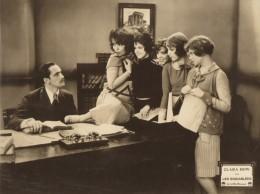 Cinema Film Actrice Clara Bow Dans Les Endiablees Ancienne Photo Paramount 1929 - Photographs