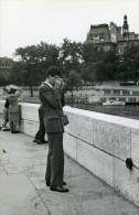 France Paris Le Jeune Etudiant Photographe Amateur Ancienne Snapshot Photo 1947 - Photographs