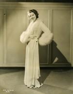 Cet Exquis Négligé Que Porte Jeannette MacDonald MGM Photo 1932 - Famous People