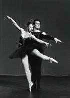 France Maina Gielgud & Jonathan Kelly Dance Ancienne Photo Farkas 1970 - Photographs