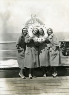 Paquebot Ile De France Cinema Actrices Les Soeurs Gale Ancienne Photo 1931