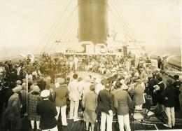 Paquebot Ile De France Jeux Sur Le Pont Course De Chevaux Ancienne Photo 1930