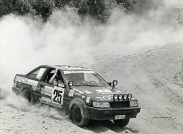 Afrique Safari Zaire Rallye Automobile Eddy Merckx Willy Braillard Toyota Corolla Photo Weyens 1985