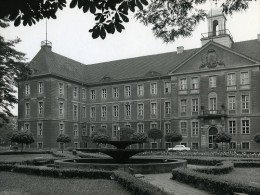 Pologne Silesie Bytom Urzad Miejski Mairie Hotel De Ville Ancienne Photo 1970 - Photographs