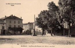 43 BLESLE  La Place St-Pierre - Blesle