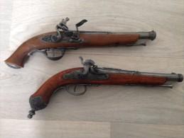 lot repliques anciens pistolets