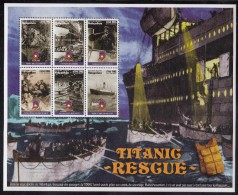 Madagascar MNH Scott #1380 Sheet Of 6 Different Scenes Of The Rescue Of The ´Titanic´ - Madagascar (1960-...)