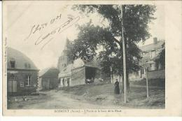 Bosmont(Aisne) L'�cole et le haut de la Place