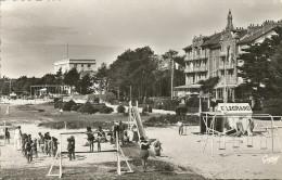CARNAC - Grand Hôtel Et Britannia-Hôtel              -- Artaud 30        Cpsm - Carnac