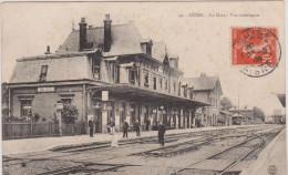 (R) AISNE; GUISE , la gare , vue int�rieur ;