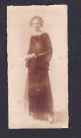 Photo Originale Beau Portrait Jeune Femme Robe Années 20-30 Signature Nom Peu Lisible à Reims - Personnes Anonymes