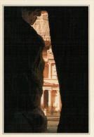 GIORDANIA  PETRA:   LA PROSPETTIVA DELLA GOLA DI SIQ       (NUOVA  CON DESCRIZIONE  DEL SITO  SUL  RETRO) - Giordania