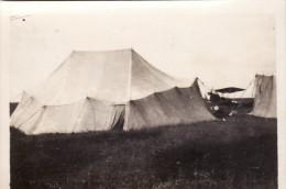 Photo Juin 1917 REMAUCOURT (près Chaumont-Porcien) - Un Parc D'aviation Allemand, Avion (A102, Ww1, Wk 1) - Unclassified