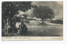 CPA ANIMEE DAHOMEY, SAVALOU : COIN DE VILLAGE, BENIN - Benin