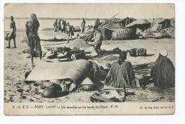 CPA FORT LAMY, UN MARCHE SUR LES BORDS DU CHARI, TCHAD