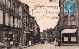 Cpa  14  Caen , L'entree De La Rue Caponiere , Belle Devantures Commerces Animees - Caen