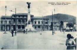 CAMPANIA-SALERNO-SALERNO VEDUTA PIAZZA DELLA VITTORIA VEDUTA MONUMENTO AI CADUTI IN GUERRA ANIMATA - Salerno