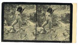 NUS FEMININS - NUDED - PHOTO STEREOSCOPIQUE  - Beauté Féminine D'Autrefois - Début Années 1900 -  P.1156 - Photos Stéréoscopiques