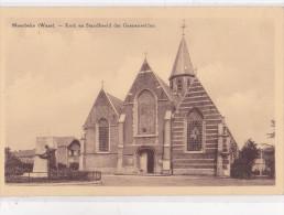 MOERBEKE-WAAS : Kerk En Standbeeld Der Gesneuvelden - Moerbeke-Waas