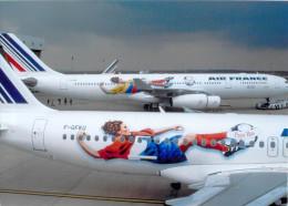 AVION - Aviation -AIR FRANCE COUPE Du MONDE De FOOT  - 13  X18 Cms. Equipes  De Colombie -des Pays Bas - Aviation