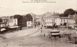 CPA - LIBOURNE (33) - Les Cafés-Bars De La Place De La Gare Et Perspective De La Rue Chanzy - Libourne