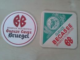 1 Rond En 1 Vierkant Bierviltje Brabux Wolvertem Geuze Bruegel En Becasse - Bierdeckel