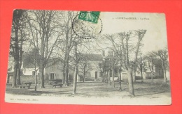 Livry S/ Seine - La Place   ------------ 278 - Autres Communes