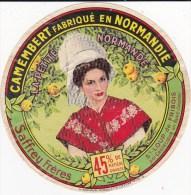ETIQUETTE CAMEMBERT La Petite Normande-Saffrey Frères-St Loup De Fribois(14) - Cheese