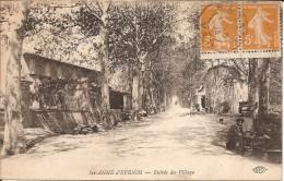 83 - SAINT  ANNE  D ' EVENOS - Vue Animée De L'entrée Du Village ( Artisan, Brouette ) - Other Municipalities