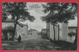 Vivonne - Avenue De La Gare, Prise Du Nord ( Voir Verso ) - Vivonne