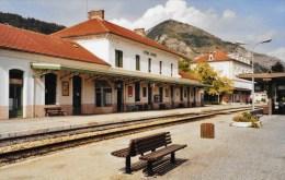 Gare SNCF De VEYNES_DEVOLUY - Luoghi