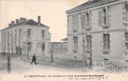 85 LUCON LES PAVILLONS DE L ENTREE DE LA CASERNE DU DRAGON - Lucon