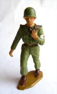 SOLDAT FIGURINE FIG STARLUX 1959 SOLDAT INFIRMIER 5014 - Starlux