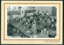 Trombinoscope Scolaire , Ecole De Filles Engerand , Saint Cyr Sur Loire  Année 1962/1963  - Malb4704 - Identified Persons