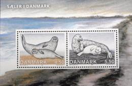 Denmark 2005 Seals In Denmark    MiNr.1417-18  Block 26   MNH (**)   (lot  L 991 ) - Denemarken